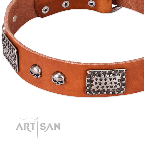 Durable D-ring on full grain natural leather dog collar for your dog