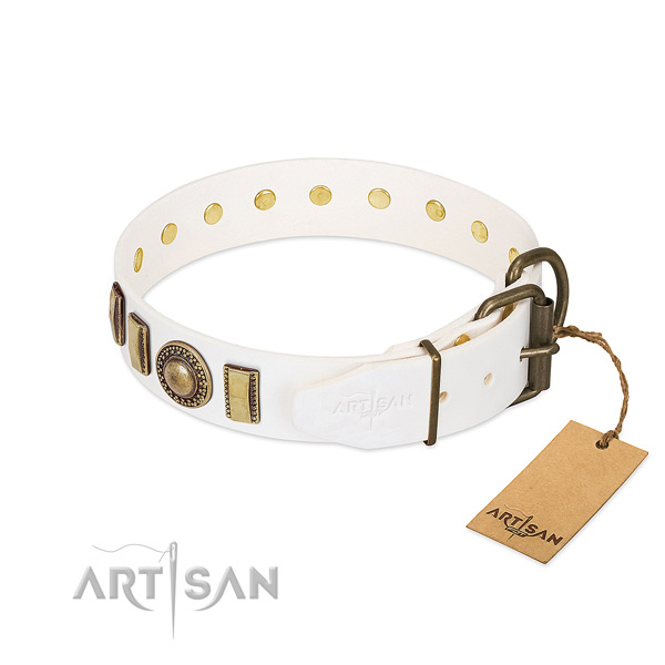 Inimitable full grain leather dog collar with rust resistant D-ring