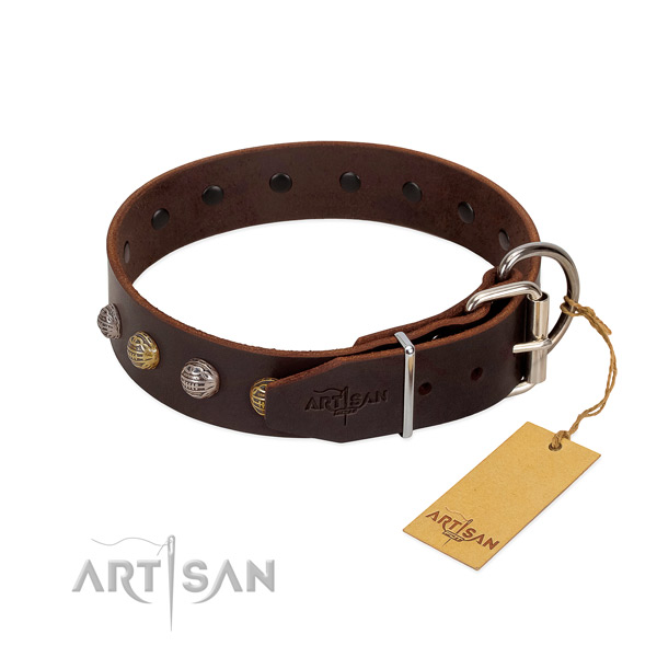 Easy wearing leather dog collar with durable D-ring