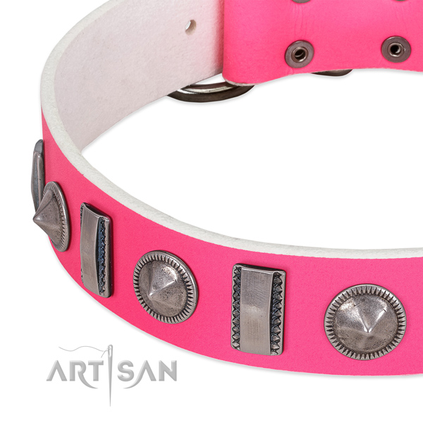 Exquisite embellished natural leather dog collar for easy wearing