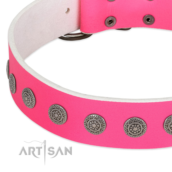 Easy wearing natural leather collar with decorations for your four-legged friend