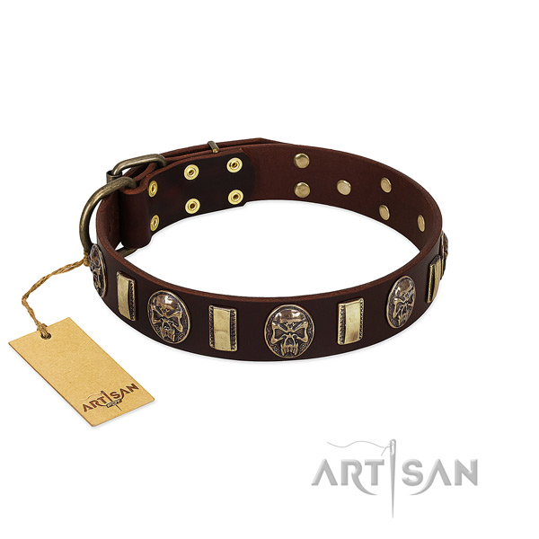 Stylish design full grain genuine leather dog collar for comfortable wearing