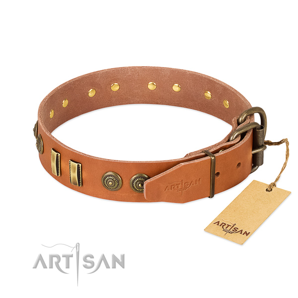 Rust-proof traditional buckle on full grain genuine leather dog collar for your doggie