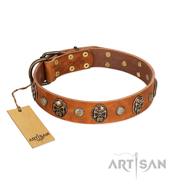 Inimitable natural genuine leather dog collar for easy wearing