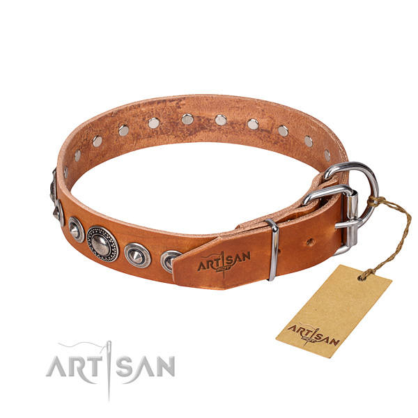 Tear-proof leather collar for your favourite pet
