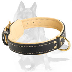 Nappa leather padding inside the collar
