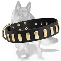 Soft genuine leather collar