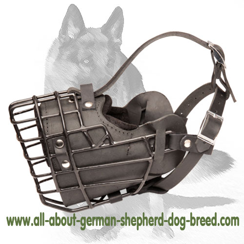 'Unbeat Master' Wire Cage German Shepherd Muzzle - Winter Muzzle with Padding