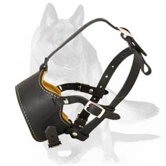 Tight anti-barking leather muzzle